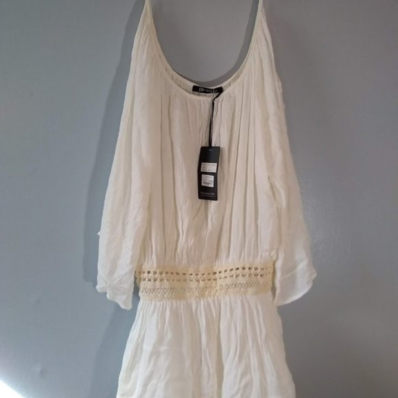 Paradice Tops - New with tags flowing White shirt